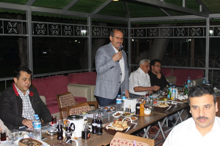 Beyzade et mangaldan iftar