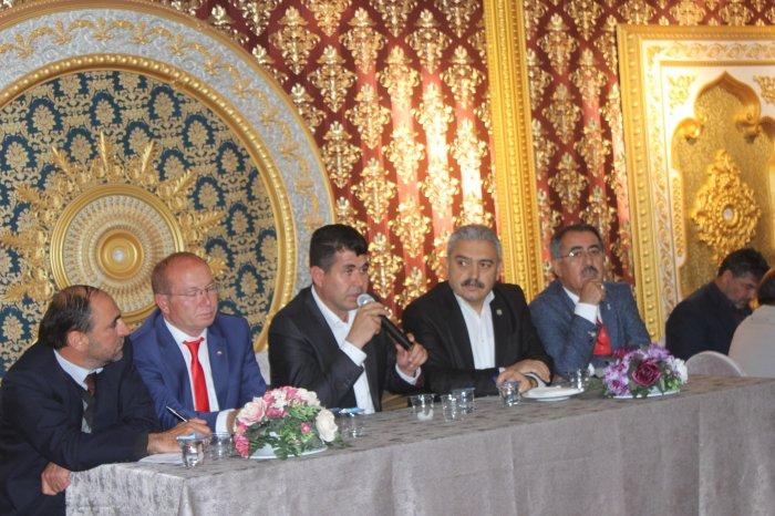 Başkan adayı Talha Uzer iddalı